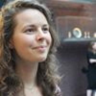 Elsbeth zoekt een Appartement / Huurwoning / Kamer / Studio / Woonboot in Groningen