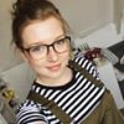 Carmen zoekt een Kamer / Studio in Groningen
