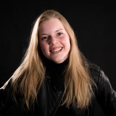 Nina zoekt een Kamer / Studio in Groningen